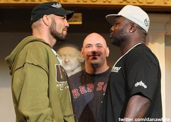 UFC 118 Randy Couture vs James Toney