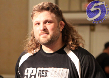 """UFC Heavyweight Roy """"Big Country"""" Nelson"""