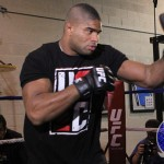 Alistair Overeem Battles Ben Rothwell at  UFC Fight Night Foxwoods