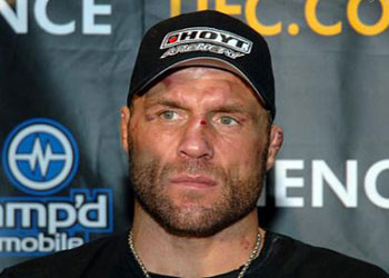 randy couture vs chuck liddell 1